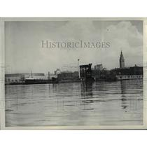 1933 Press Photo Cleveland Skyline - cvb00123
