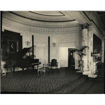 1924 Press Photo Music Cove off promenade of the Palace Theater - cva99609