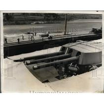 1931 Press Photo mighty turret guns of the HMS Nelson traveling the Panama Canal