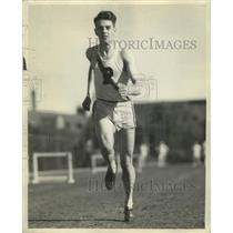 1939 Press Photo Art Bodeau Purdue miler at Big Ten track meet in 1939