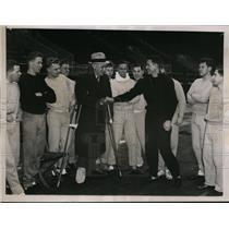 1936 Press Photo Track coach Lawson Robertson of U of Penn & miler Gene Venzke