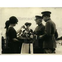 1922 Press Photo General Pershing approached by candy girls at horse show