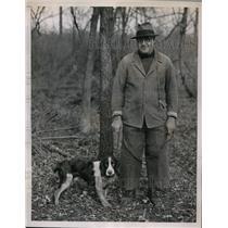 1936 Press Photo George E Watson Jr & his Springer Spaniel at Monmouth trials