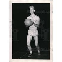 1947 Press Photo Grant Sugar Mortenson, Forward for Idaho Basketball Team