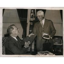 1938 Press Photo Senators president Clark Griffith & President Roosevelt in DC