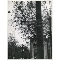 1940 Press Photo Street sign Northwest corner of Franklin Blvd & Dexter Pl