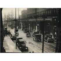 1921 Press Photo The 1921 Picture of Street Cedar Avenue - cva87374