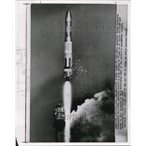 1959 Wire Photo Titan Intercontinental ballistic missile test launch at Fla