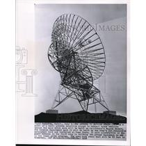 1958 Wire Photo The model of a radio antenna will be built in Mojave desert