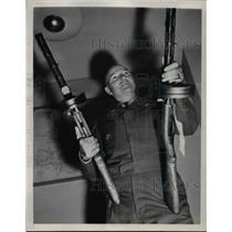 1951 Press Photo Major General Parks Holding Russian Machine Pistols