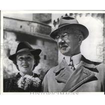 1941 Wire Photo Dr. Hiakmar Schacht, German financial expert and his bride