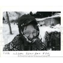 1995 Press Photo Snow Weather in Oregon, as this girl looks she enjoys it