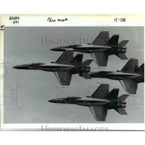 1992 Press Photo U.S. Navy Blue Angel precision flying team in Hillsboro Airport