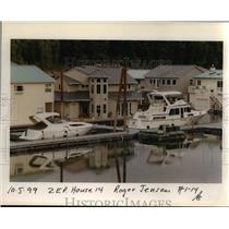 1999 Press Photo Houseboats - orb17056