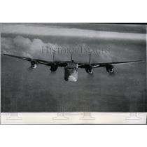 1943 Press Photo Four-engine monoplane Avro-York, Lancaster transport version