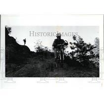 1993 Press Photo Robert Kruse & friends mountain biking