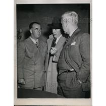 1945 Press Photo KY Senator Al Happy Chandler, Ford Frick, Al Bradley in Chicago
