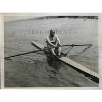 1934 Press Photo Jim Wray coach of Cornell University crews - nes46493