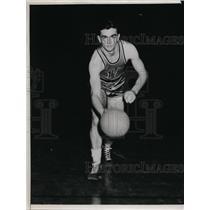 1942 Press Photo George E Sobek Notre Dame basketball player - nes46239