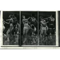 Press Photo A Swinging Time- Bob Dandridge of Bucks and Jack Marin of Bullets