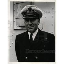 1940 Press Photo Lt Commander DC Wallace RCNR from Halifax in Canada Navy
