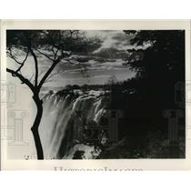 Press Photo The majestic beauty of Southern Rhodesia's Victoria Falls