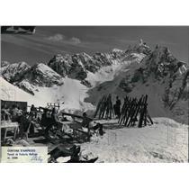 1981 Press Photo The refugees at Cortina D' Ampezzo in Italy - cva21231