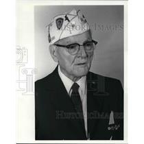 1981 Press Photo Chester Koch Cleveland War Veteran - cva24059