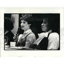1983 Press Photo Karyn Kahn and Margot Copeland at the Women's City Club