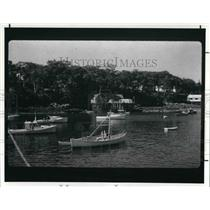 1988 Press Photo Lobster boat rides at the New Harbor in Maine - cva22466