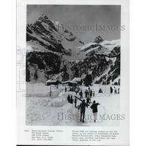 1981 Press Photo Skiers in morning classes at Ski School in Braunwald