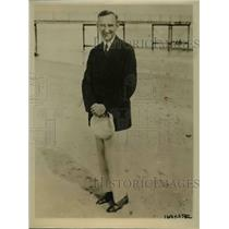1926 Press Photo Judge James J Foley stands on the sands of Palm Beach.
