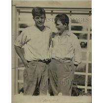 1925 Press Photo Mrs. Shirley Falcott and son  - nee91666