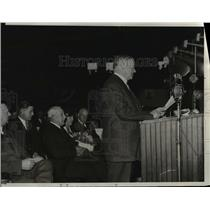1932 Press Photo Herbert Hover speaks in Arsenal at Springfield, Illinois