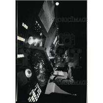 1980 Press Photo Bob Field Air Traffic Control Spok. Inter. Airport - spa22396