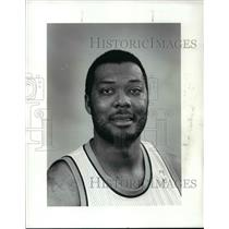 1986 Press Photo Mel Turnpin of Cleveland Cavaliers - cvb64454