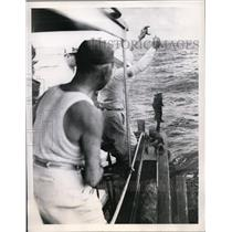 1946 Press Photo President Truman hauls in a schoolmaster  - nee94959