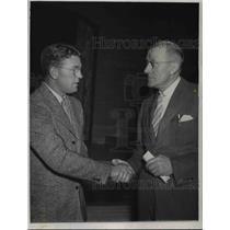1940 Press Photo Dutch Clark and Brooklyn's new coach Dr. John Bain Sutherland