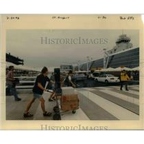 1998 Press Photo A scene at the Portland International Airport - orb36524