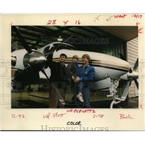 1992 Press Photo Harvey Platt shows company plane to Jason Danielson - ora69497