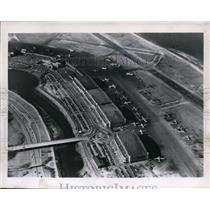 1957 Press Photo Plane Congestion - spa21762