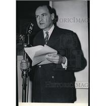 1943 Press Photo W.L. White, war correspondent - spa23385