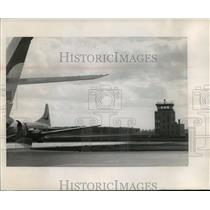 1968 Press Photo Control tower at the Winnebago county airport almost a mile