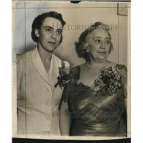 1940 Press Photo Mrs. Clarence Busch and Mrs. James W. Donlon - mja17459