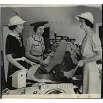 1938 Press Photo Mrs. Edward Gerhardy, Mrs. Brooks Stevens and Mrs. Gordon Kumme