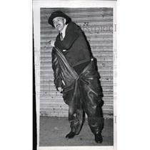 1946 Press Photo New York Joseph Weldon dons Nazi submarine uniform NYC