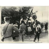 1936 Press Photo Hendaye France Refugees flee Irun to Hendaye France - nera01587