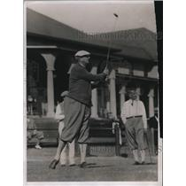 1933 Press Photo Attorney General Homer Cummings golfs at Pinehurst NC