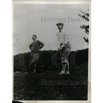 1932 Press Photo Golfers on a course after teeing off - net10778