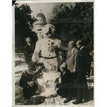 1931 Press Photo Snowman Made in Sacramento California - ney11074
